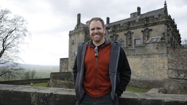 In England, Schottland und Wales will Josh Gates mehr über König Artus und di...