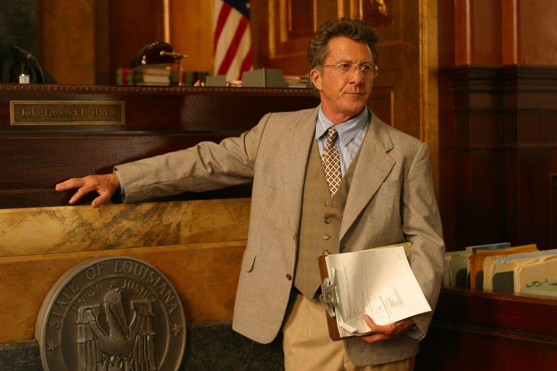 Der moralisch integre Anwalt der Klägerin, Wendall Rohr (Dustin Hoffman), hält nichts von der Überwachung und Einschüchterung der Geschworenen. Auf... - Bildquelle: 20th Century Fox of Germany