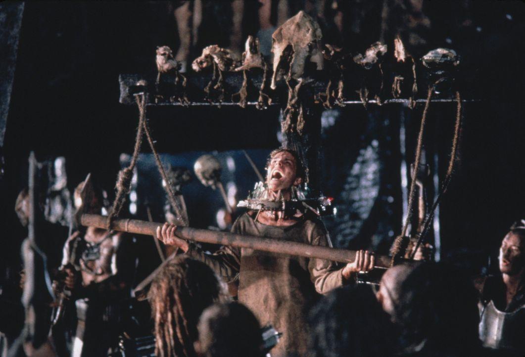 Bei ihren Hinrichtungsmethoden sind die Outsider äußerst einfallsreich ... - Bildquelle: Columbia Tristar International Television