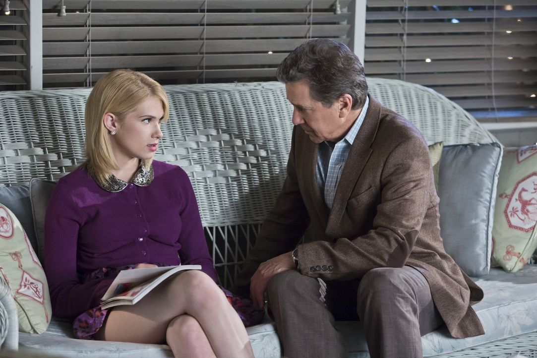 Magnolia (Claudia Lee, l.) gefällt es gar nicht, dass ihr Vater (Tim Matheson, r.) so wenig Zeit mit ihr verbringt ... - Bildquelle: Warner Brothers