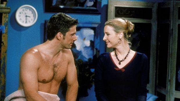 Für Phoebe (Lisa Kudrow, r.) endet eine Massagesitzung sehr ungewöhnlich ......