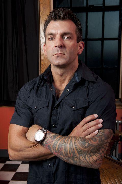 (1. Staffel) - Shane O'Neill hat sich das Tätowieren selber beigebracht und ist von seinen Arbeiten stets überzeugt - zu Recht, wenn man den Stimmen... - Bildquelle: Fernando Leon Spike TV
