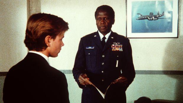 Als sich der junge Jeffrey Grant (River Phoenix, l.) für die Air Force Academ...