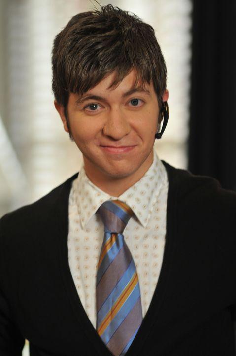Hat immer viel zu tun: Josh (Seth Kirschner) ... - Bildquelle: NBC, Inc.