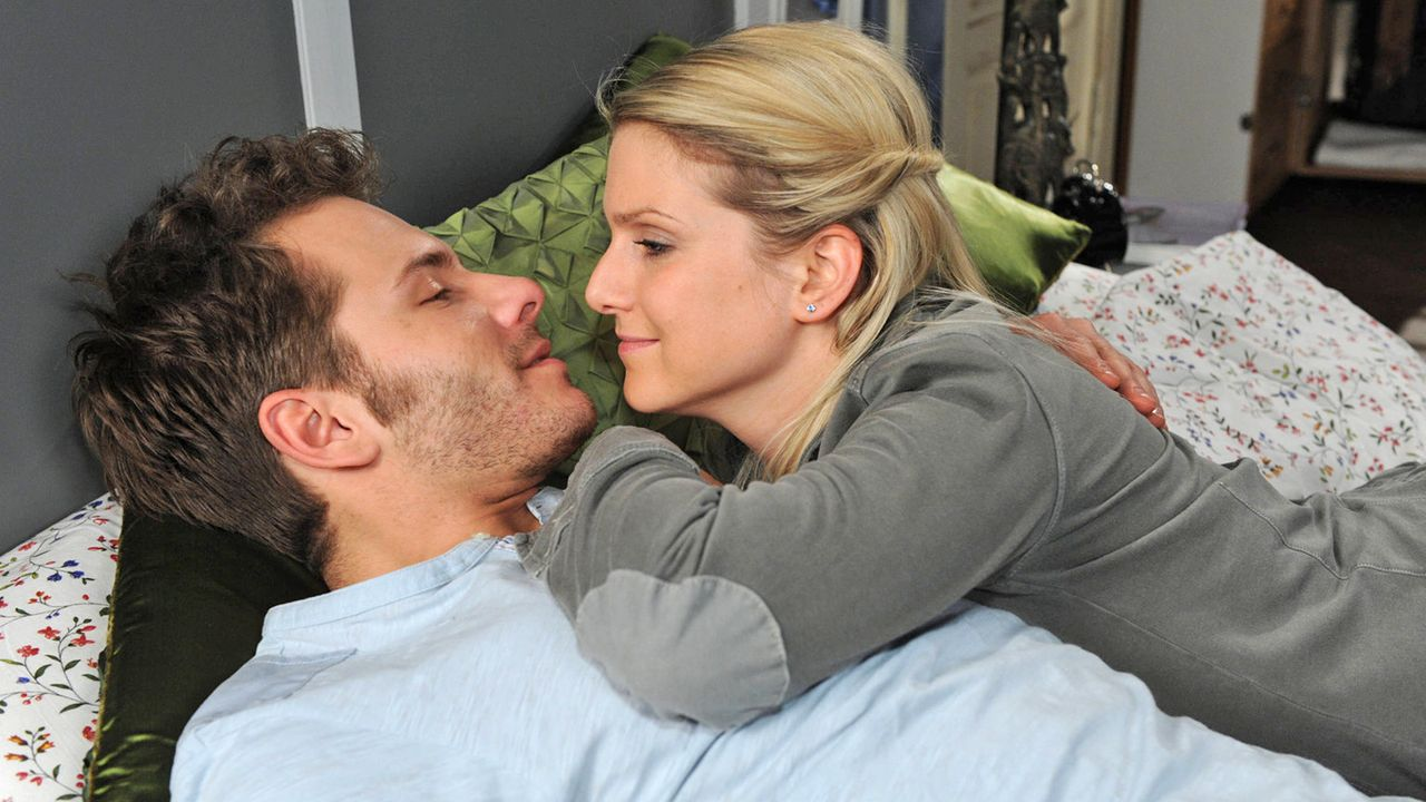 Anna-und-die-Liebe-Folge-702-03-Sat1-Claudius-Pflug - Bildquelle: SAT.1/Claudius Pflug