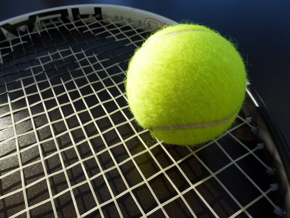 tennis-363662_1920