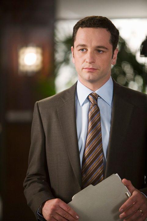 Belügt Kitty, um Robert in Schutz zu nehmen: Kevin (Matthew Rhys) ... - Bildquelle: 2008 ABC INC.