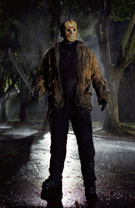 Um nicht länger in der Hölle zu versauern, kommt Freddy die glorreiche Idee, Jason Vorhees (Ken Kirzinger), den Schlächter vom Crystal Lake, zu e... - Bildquelle: Warner Bros. Pictures