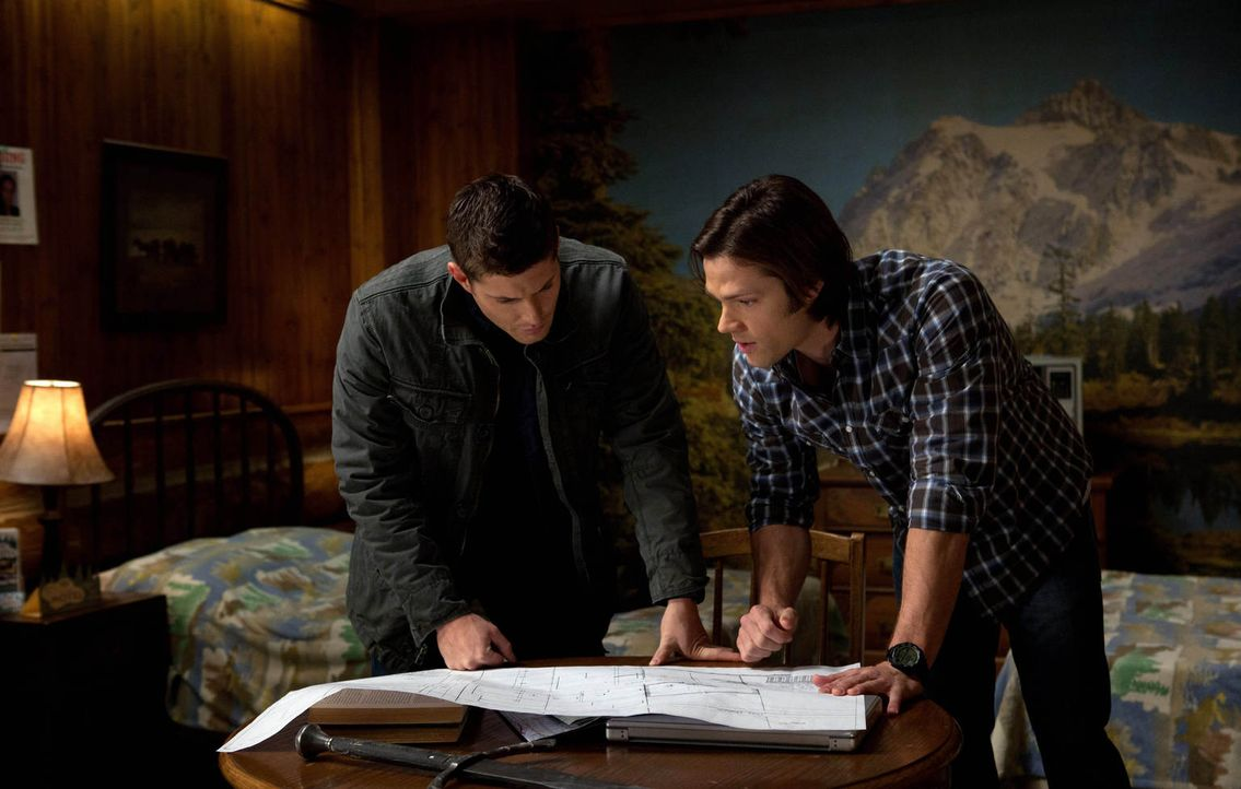 Nachdem Sam (Jared Padalecki, r.) seine Seele vom Tod aufgezwungen bekommen hat, wünscht sich Dean (Jensen Ackles, l.), endlich das Ziel seiner Träu... - Bildquelle: Warner Bros. Television