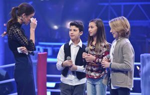 The-Voice-Kids-Stf04-Epi05-Battles-Claudia-Matteo_B-Matteo_C-SAT1-André-Kowalski