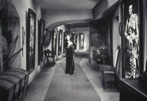 Edgar Wallace: Die seltsame Gräfin - Lady Mororn (Lil Dagover) schleicht Nach...