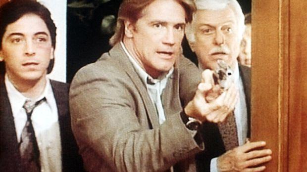 Jack (Scott Baio, l.), Steve (Barry Van Dyke, M.) und Dr. Sloan (Dick Van Dyk...
