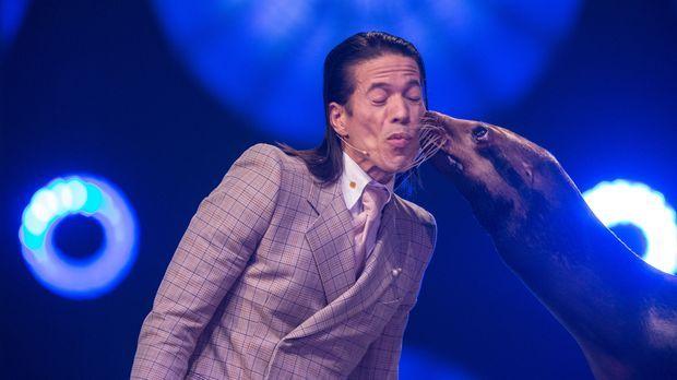 Superpets - Die Talentiertesten Tiere Der Welt - Superpets - Die Talentiertesten Tiere Der Welt - Nicht Nur Beim Küssen Macht Itchy Jorge Konkurrenz!