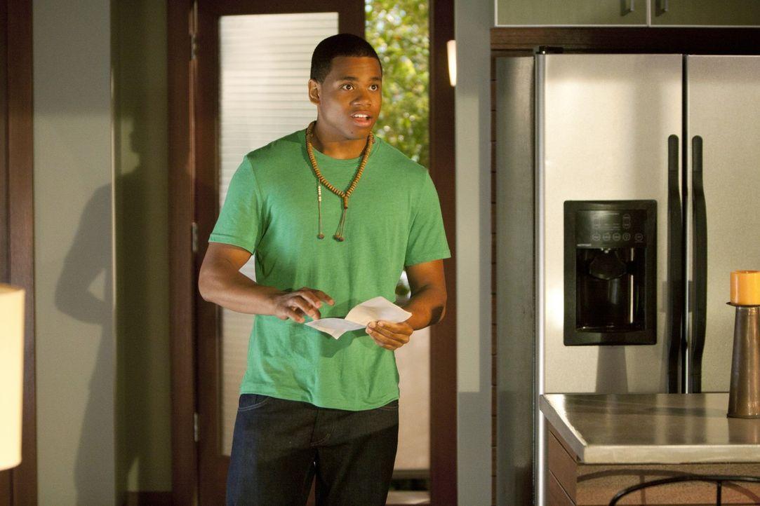 Noch ahnt Dixon (Tristan Wilds) nicht, dass er einen schweren Fehler begeht ... - Bildquelle: TM &   2011 CBS Studios Inc. All Rights Reserved.