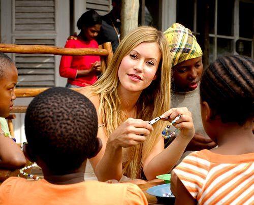 im-brautkleid-durch-afrika-19-500-404_David_Gur_-_Sat1 - Bildquelle: David Gur - Sat1