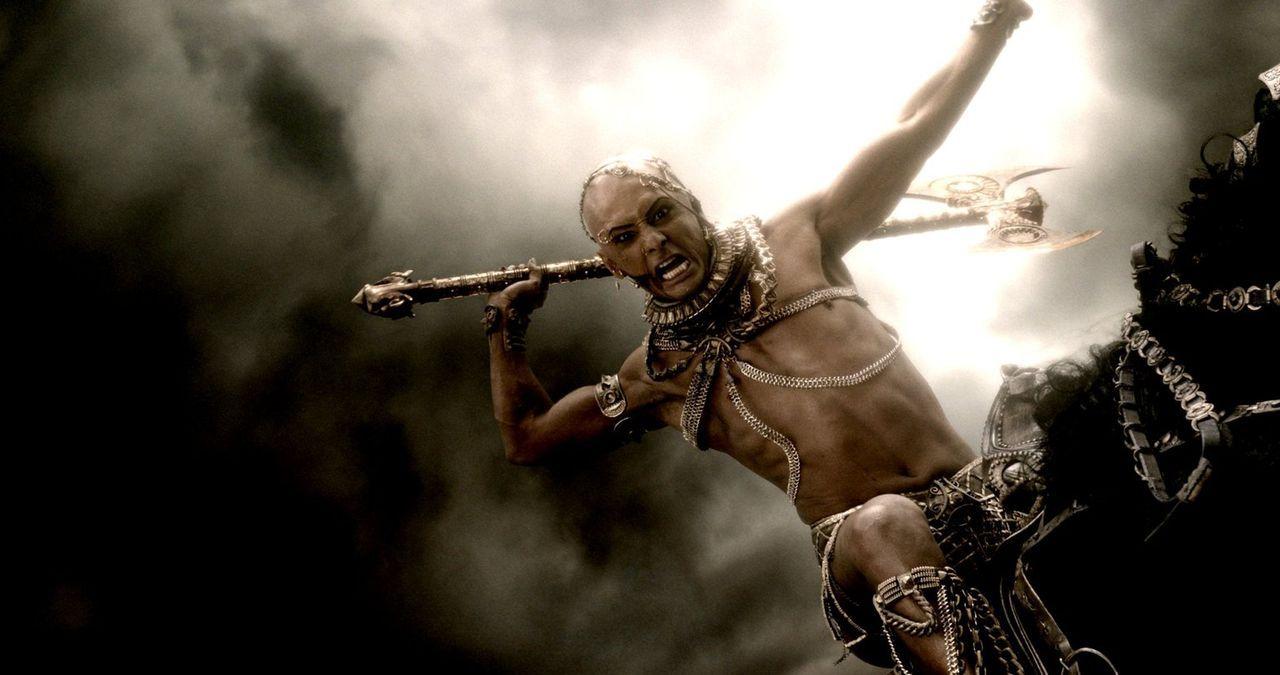 Als sein Vater, König Daeios, von den Griechen getötet wurde, war Xerxes (Rodrigo Santoro) der Verzweiflung nahe. Doch dann trifft er bei seiner Wan... - Bildquelle: 2014 Warner Bros. Entertainment, Inc.
