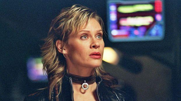 Ihre Suche nach einer wertvollen Waffe führt Beka (Lisa Ryder) in ihre eigene...