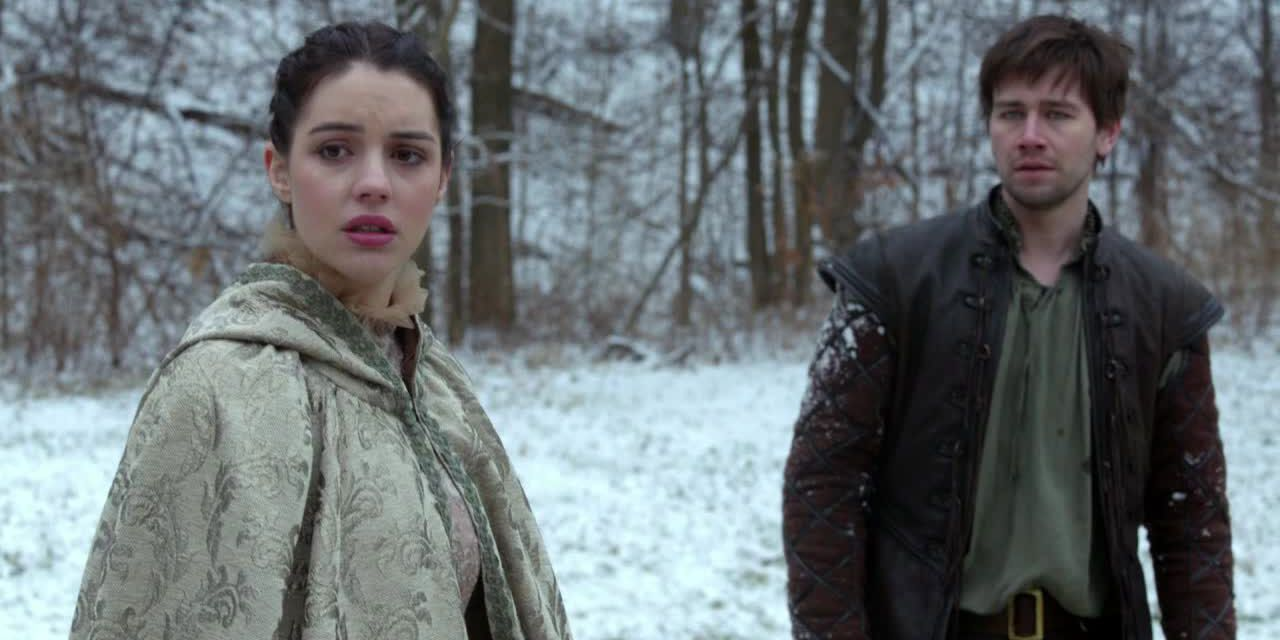 Mary und Bash im Schnee - Bildquelle: 2014 The CW Network. All Rights Reserved.