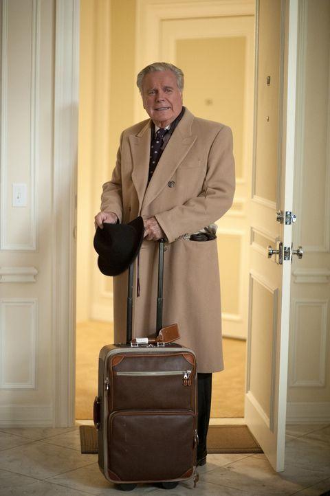 Während der Ermittlungen in einem neuen Fall, bekommt DiNozzo Besuch von seinem Vater (Robert Wagner) ... - Bildquelle: CBS Television
