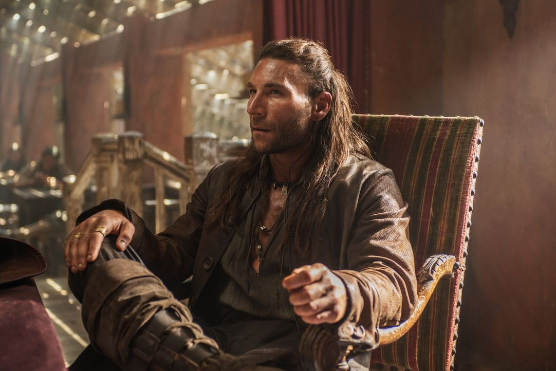 Unberechenbar: Captain Vane (Zach McGowan) ... - Bildquelle: David Bloomer 2015 Starz Entertainment LLC, All rights reserved.