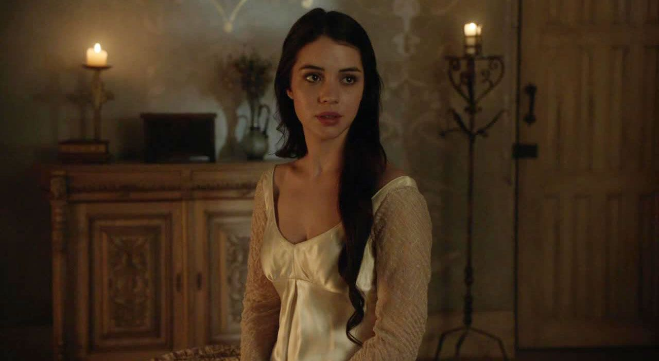 Mary im Schlafgewand - Bildquelle: 2014 The CW Network. All Rights Reserved.