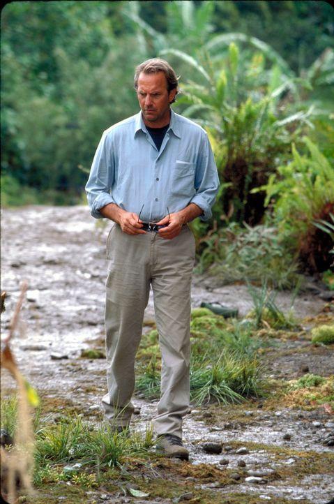 Als in Dr. Joe Darrows (Kevin Costner) Umgebung plötzlich seltsame Dinge geschehen, für die es einfach keine logische Erklärung gibt, macht  er sich... - Bildquelle: Spyglass Entertainment