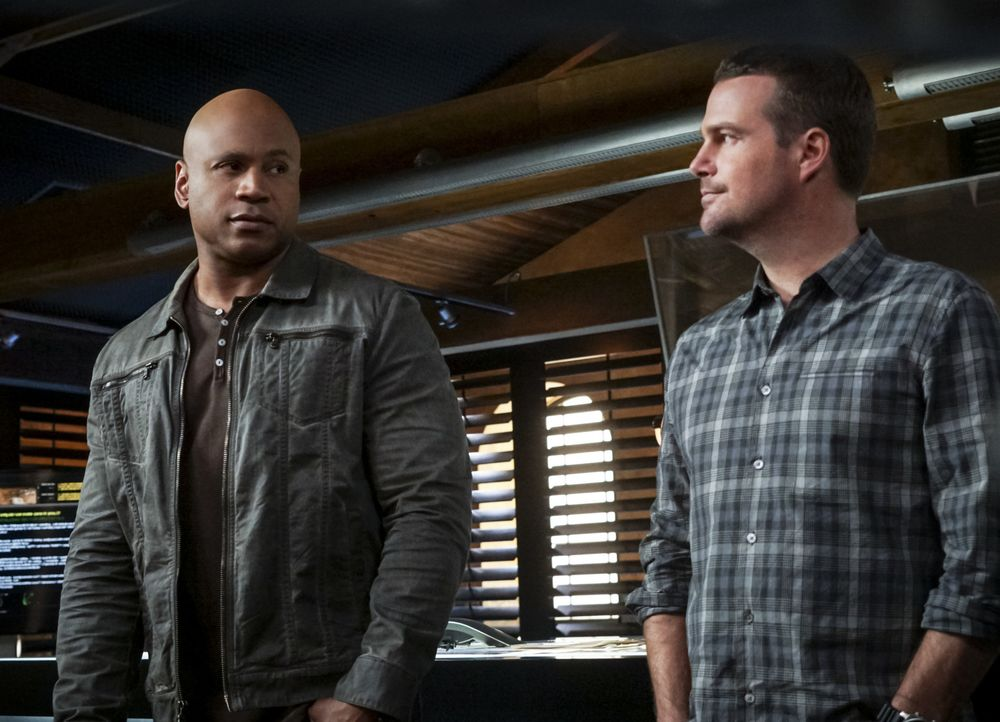 Auf das Team um Callen (Chris O'Donnell, r.) und Sam (LL Cool J, l.) wartet ein neuer Fall ... - Bildquelle: Monty Brinton 2016 CBS Broadcasting, Inc. All Rights Reserved.