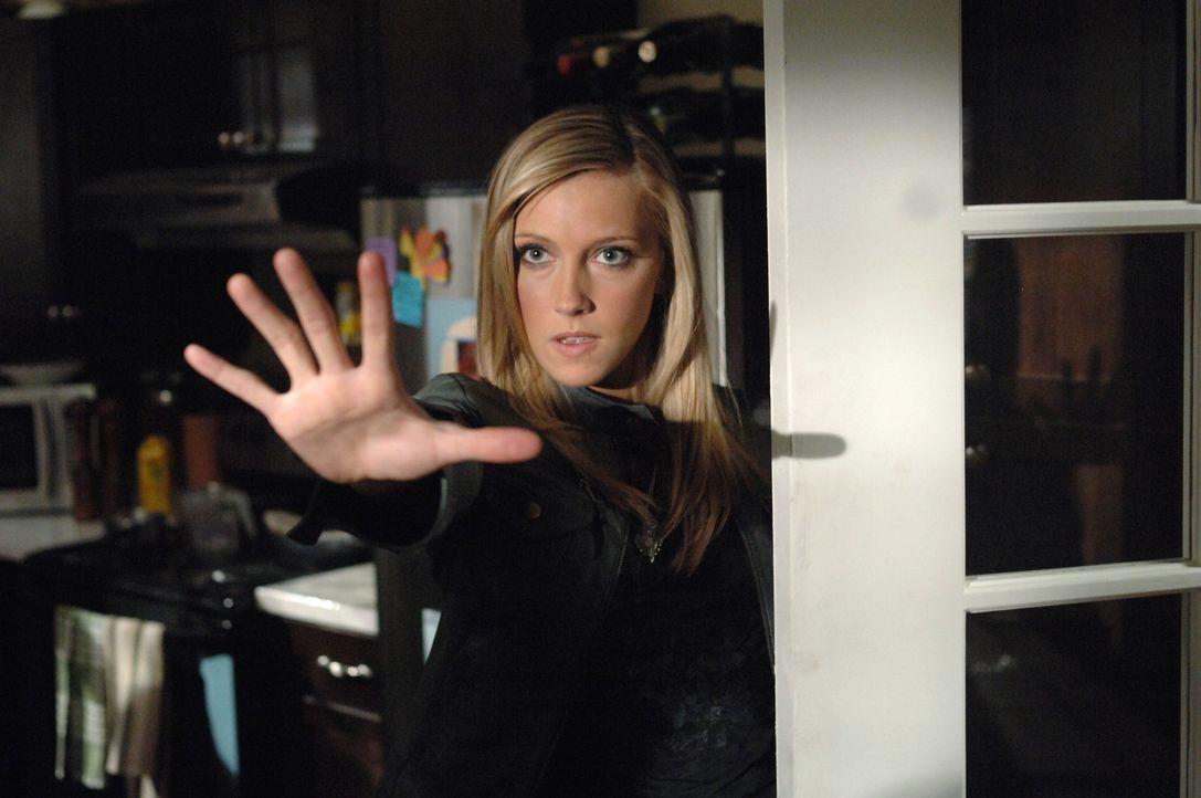 Wird Ruby (Katie Cassidy) Dean und Sam behilflich sein, Deans Leben zu retten? - Bildquelle: Warner Bros. Television