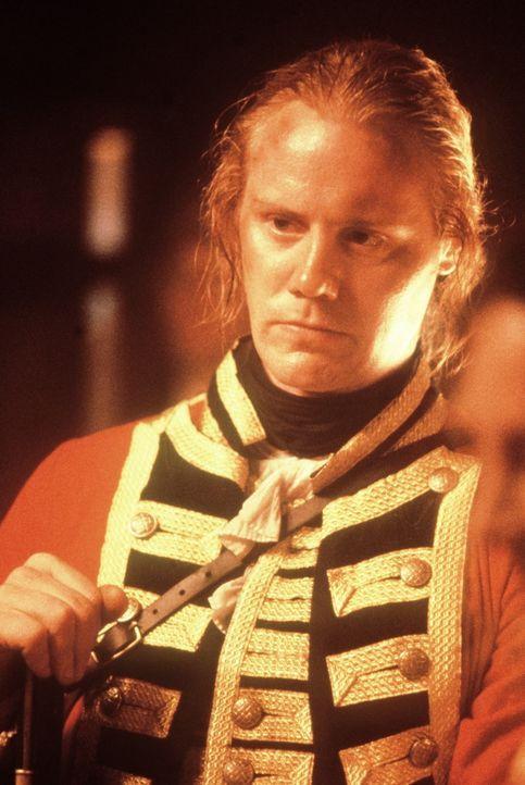Major Heyward (Steven Waddington) ist voller Misstrauen gegenüber Hawkeye und dessen indianischen Freunden ... - Bildquelle: 20th Century Fox