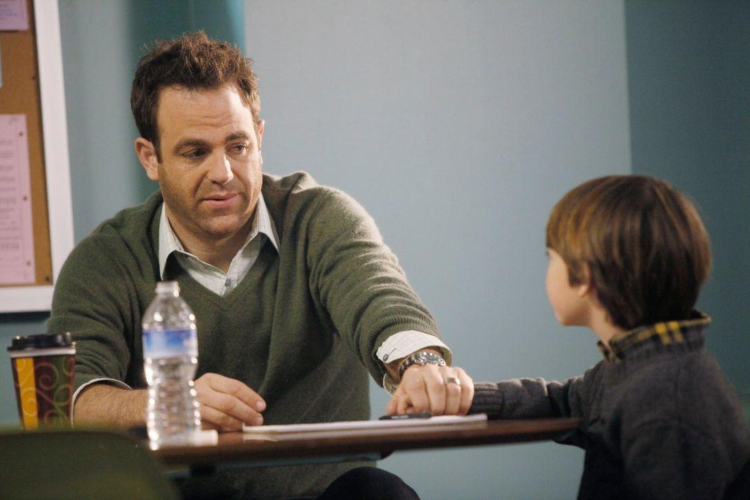 Erica will Mason (Griffin Gluck, r.) weiterhin nichts von ihrem bevorstehenden Tod erzählen und lässt ihn auch nicht zu sich. Cooper (Paul Adelste... - Bildquelle: ABC Studios