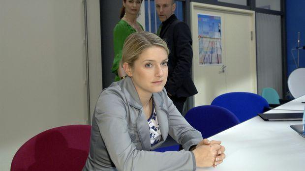 Anna ist am Boden zerstört - ist sie doch für die verschwundenen Negative des...