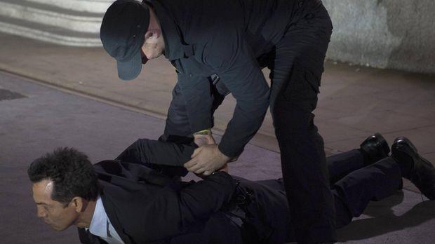 Nicht jeder kann der CIA so gut entkommen wie Jack Bauer. Steve Navarro (Benj...