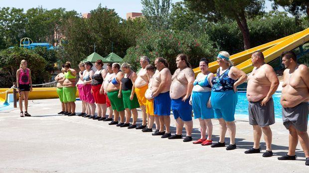 Im andalusischen El Ricio geht es 20 Kandidaten an die Pfunde. Zum Auftakt de...