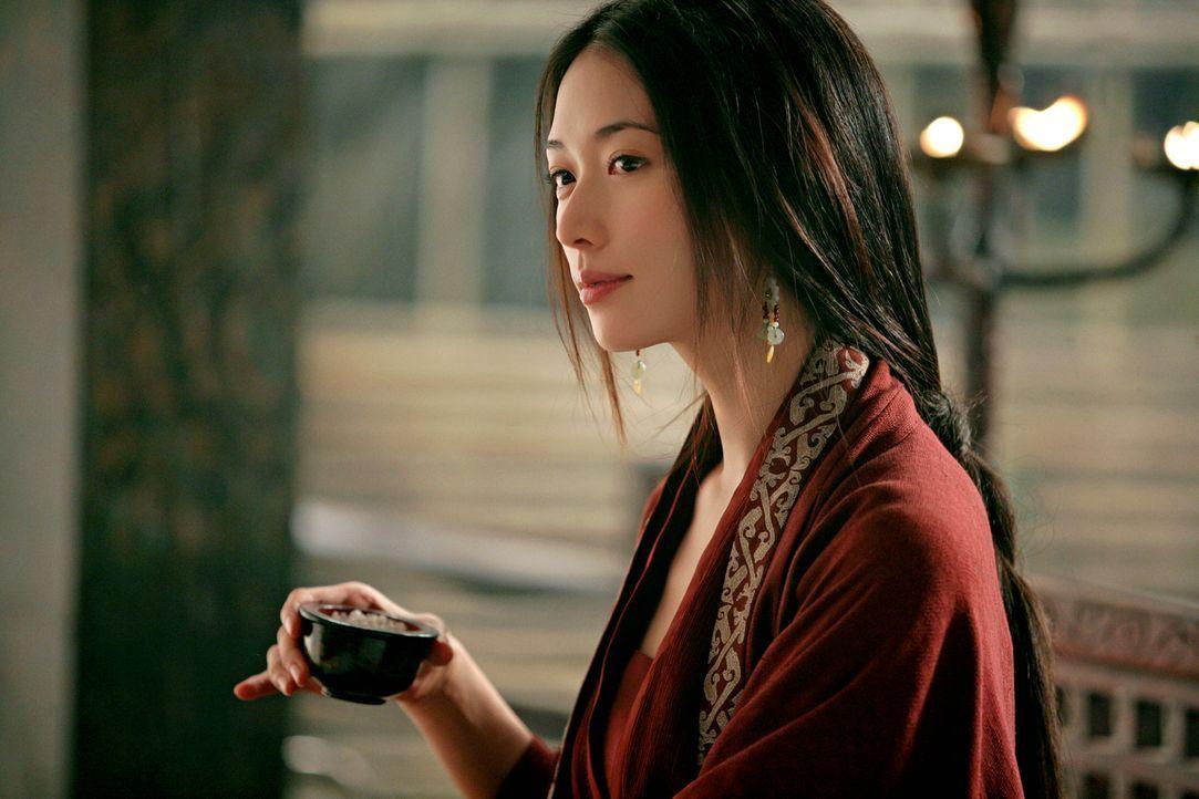Die bildhübsche Xiao Qiao (Chiling Lin) ist in großer Sorge um ihren Mann Zhou Yu, der gegen den machthungrigen Cao Cao in den Krieg ziehen will ... - Bildquelle: Constantin Film Verleih GmbH