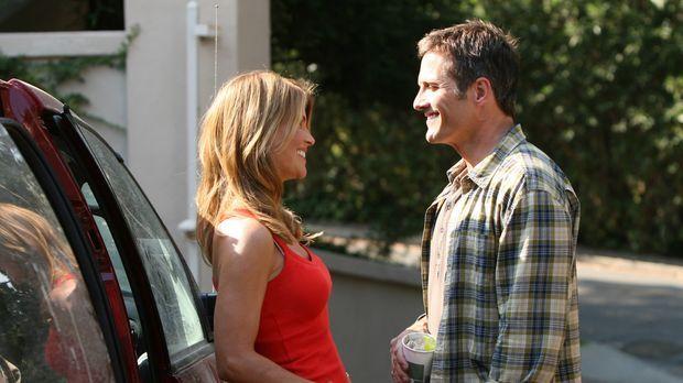 Beginnen mit ihren Kindern ein neues Leben in Beverly Hills: Debbie (Lori Lou...