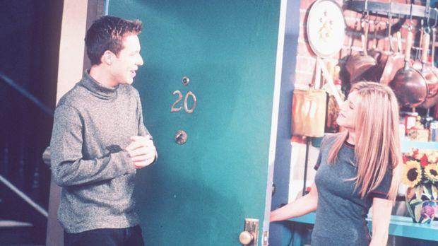 Rachel (Jennifer Aniston, r.) ist derzeit leicht verstimmt, da ihr neuer, gut...