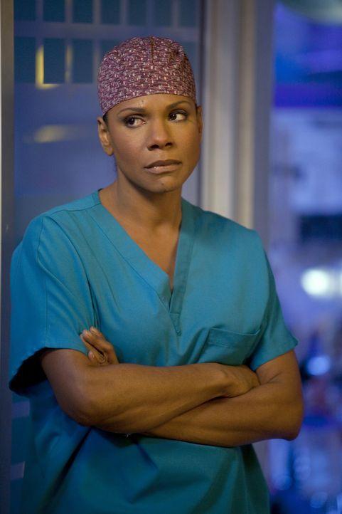 Während Amelia von den Gedanken an den Alkohol nicht mehr los kommt, trifft Naomi (Audra McDonald) eine Entscheidung, die das Leben ihrer Familie v... - Bildquelle: ABC Studios