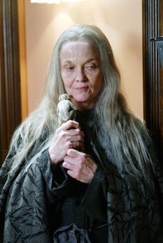 Charmed - Zauberhafte Hexen - Mittels eines uralten Zaubers, der von einem Af...