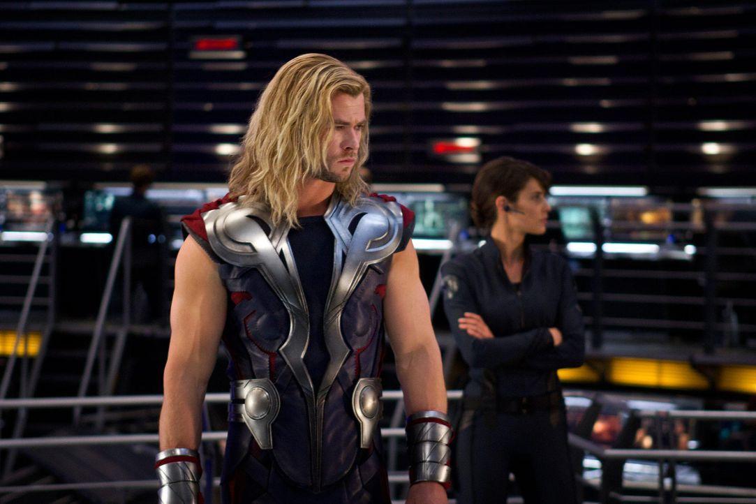 the-avengers-extra-016-2011-mvlffllc-tm-2011-marveljpg 2000 x 1333 - Bildquelle: 2011 MVLFFLLC TM & 2011 Marvel