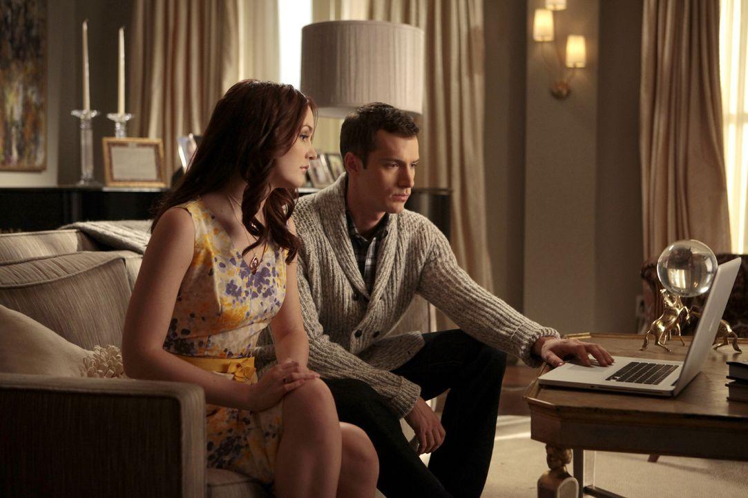 Ist Blair (Leighton Meester, l.) bei ihrem Date wirklich glücklich? - Bildquelle: Warner Bros. Television