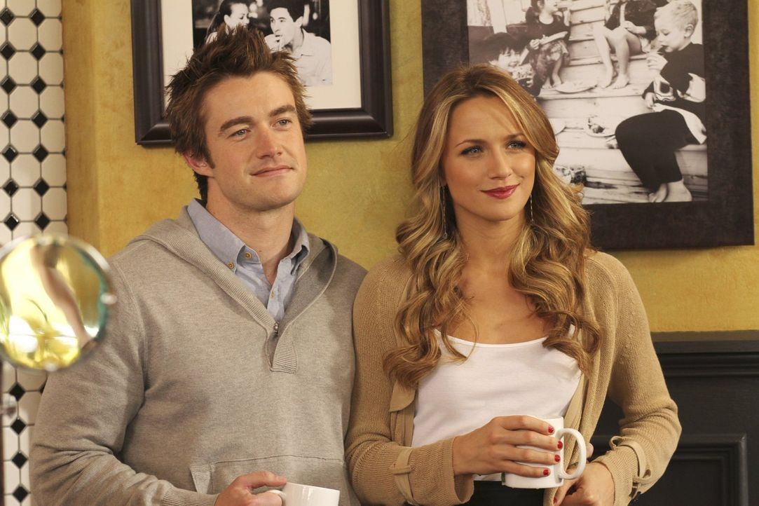 Wie bereits bei Clay (Robert Buckley, l.) und Quinn (Shantel VanSanten, r.) siegt sowohl bei Alex und Chase als auch bei Millie und Mouth die Liebe.... - Bildquelle: Warner Bros. Pictures