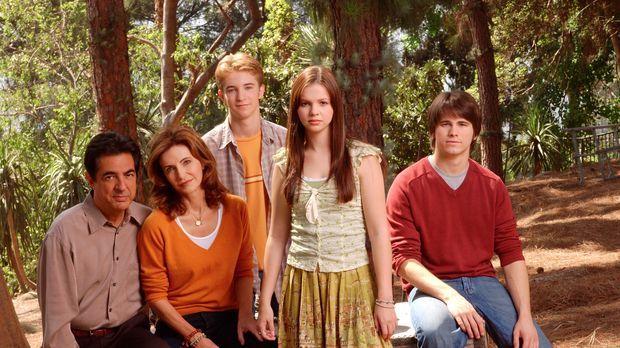 (2. Staffel) - Eine harmonische, glückliche Familie? (v.l.n.r.) Will (Joe Man...