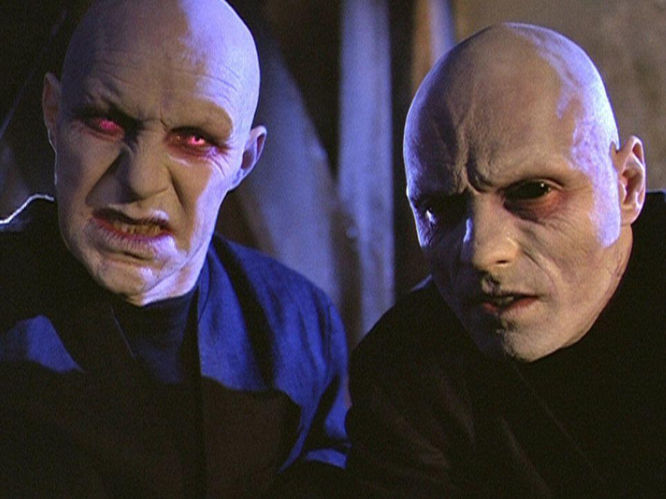 Der einzige Daseinszweck der beiden Grimlocks besteht darin, die Guten zu töten. - Bildquelle: Paramount Pictures