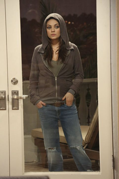 Als eines Abends die schöne Backpackerin Vivian (Mila Kunis) bei Walden vor der Tür steht, ist dieser hin und weg und glaubt wieder einmal, der groß... - Bildquelle: Warner Brothers Entertainment Inc.