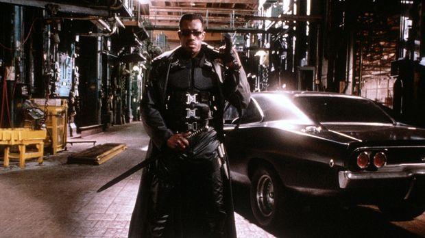 Der Vampirjäger Blade (Wesley Snipes) - halb Vampir, halb Mensch - kann nicht...