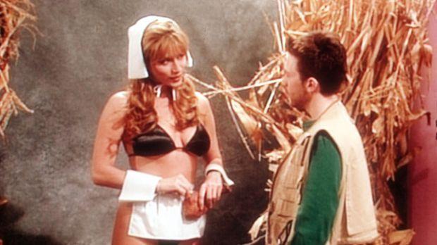Bud (David Faustino, r.) versucht, Nachwuchsstar Crystal Clark (Krista Allen,...