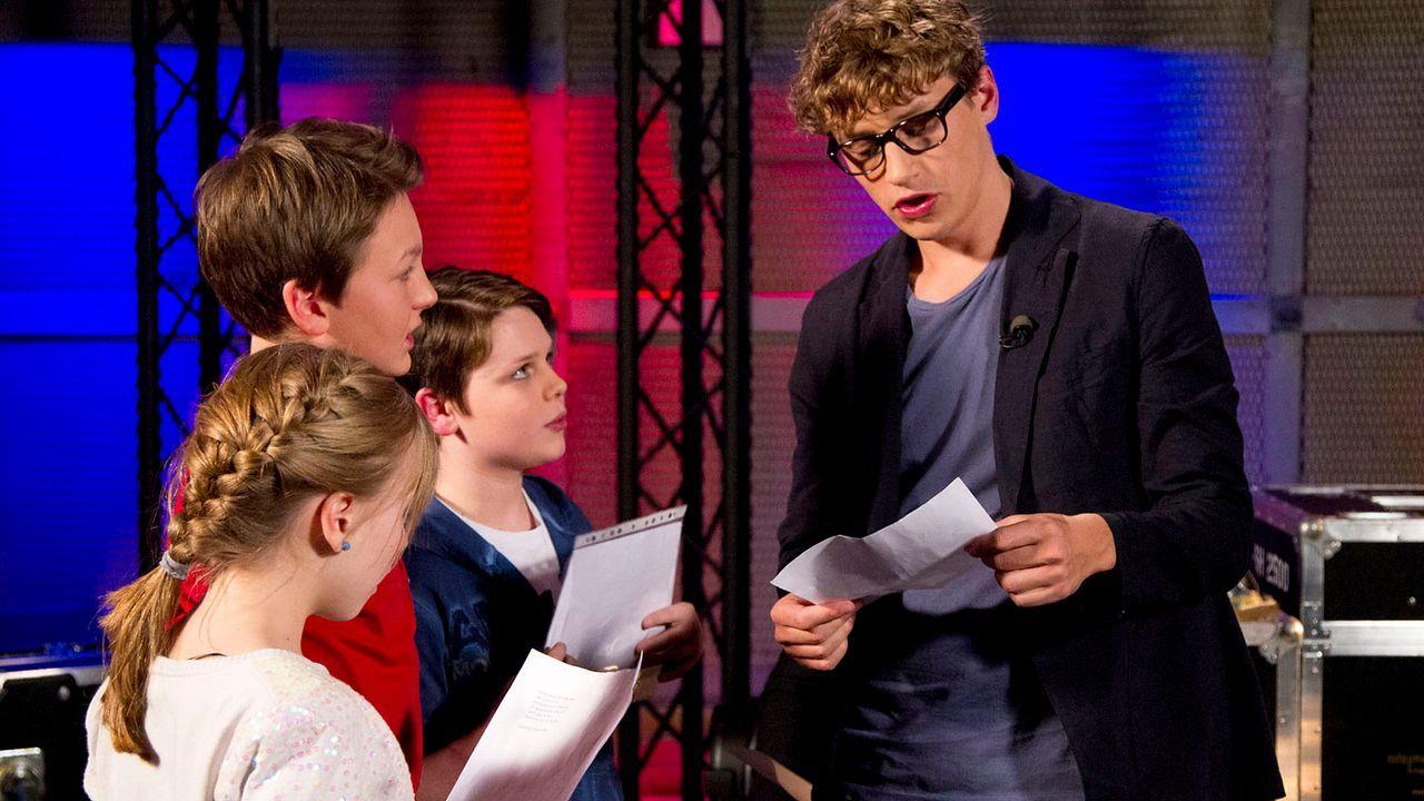 The-Voice-Kids-epi04-Thea-Sean-Finn-38-SAT1-Richard-Huebner - Bildquelle: SAT.1/Richard Hübner