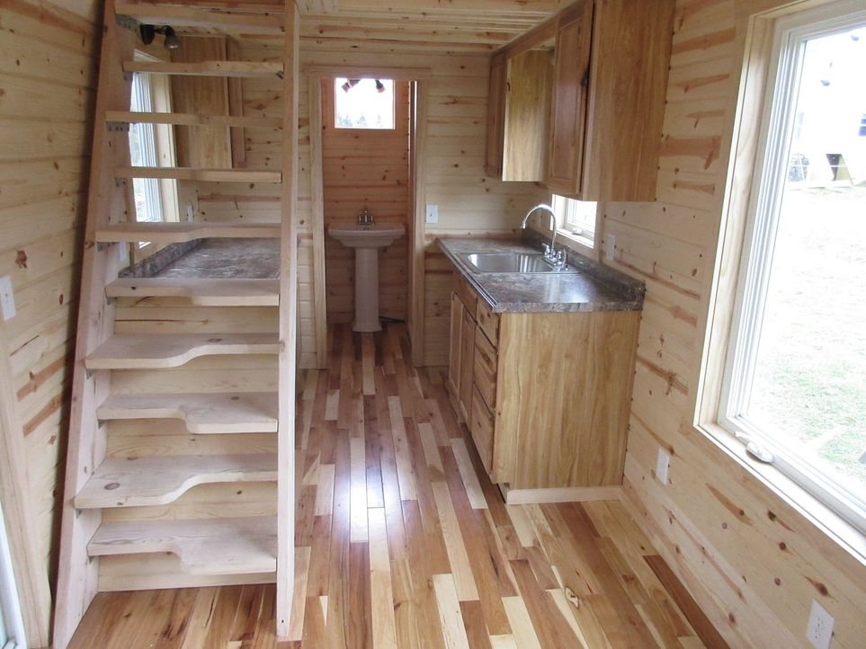 tiny house wohntraum xxs xxs traumhaus auf r dern sixx. Black Bedroom Furniture Sets. Home Design Ideas