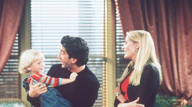 Nach langer Zeit darf Ross (David Schwimmer, M.) seinen Sohn wieder sehen ......