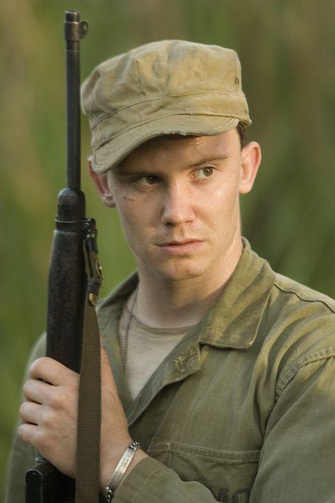 Auf in den Kampf! Den jungen Jay de l'Eau (Dylan Young) und die 1. US-Marinedivision erwartet in der Schlacht um Peleliu die Hölle ... - Bildquelle: Home Box Office Inc. All Rights Reserved.